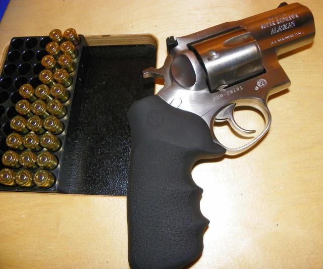sharpshooters usa, carducci tactical, danny carducci, amy carducci, snub nose revolvers, snub nose .44 revolver, best .44 revolver, ruger snub nose,